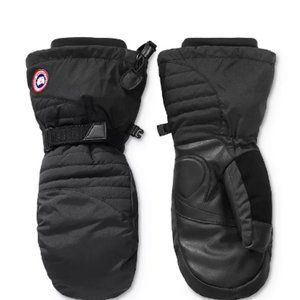 NWOT Womens Canada Goose ARCTIC DOWN MITTS Black